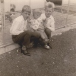 Richard with Uncle Bob and Uncle John 1964.jpg